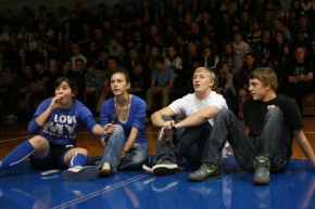 Homecoming assembly brings classes together